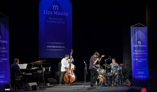 Dan Bárta a Robert Balzar Trio - Lípa Musica 2012, foto Lukas Pelech